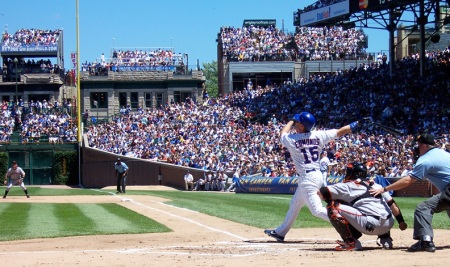 Jim Edmonds drove in one of the Cubs' two runs.